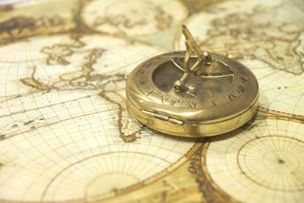 Quiz World Traveller Expert Map and compass - Pixabay.jpg