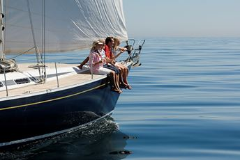 Private luxury sailing holidays iStock-73214731.jpg