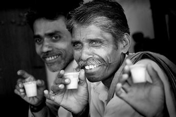 India - Men drinking tea - b&w.jpg