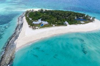 Thanda Private Island Aerial View.jpg