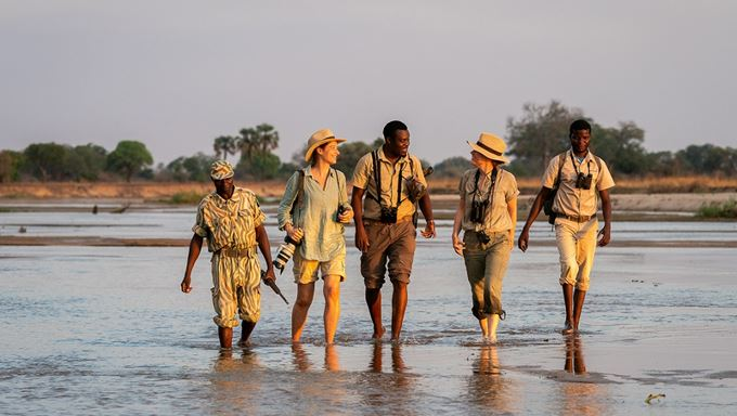 Zambia walking safaris - RobinPopeSafaris.jpg