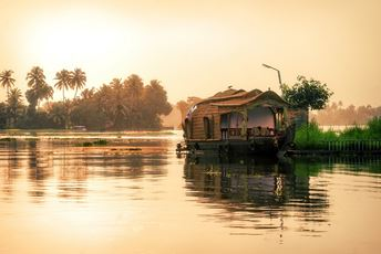 India Kerala Backwaters Houseboat - iStock-685979934.jpg
