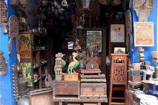 Amazing Antiques shopping in Tamil Nadu