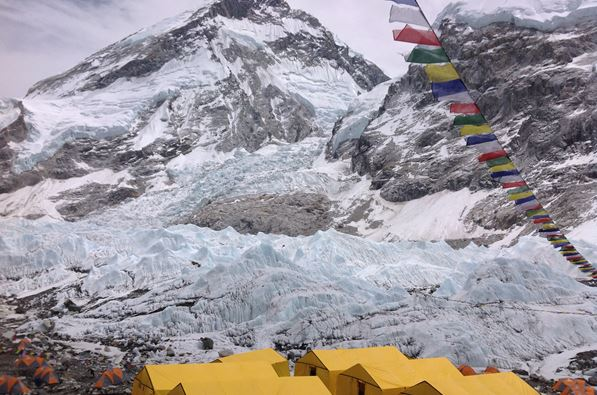 2 Everest Base Camp.jpg