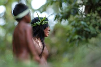 Highlights - Ecuador - Amazon Basin - Amazonia - Huaorani Tribespeople thmb.jpg