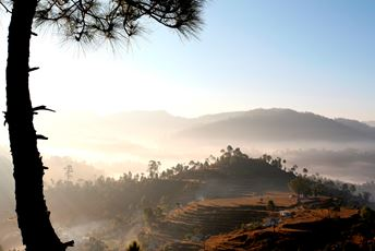India - Himalayas - Kumaon - Sunrise and mist over Kumaoni hills.JPG
