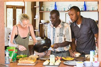Kenya - Cookery classes - Antonia's kitchen - lesson.jpg