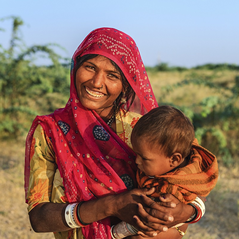 India - Rajasthan -mother and child.jpg
