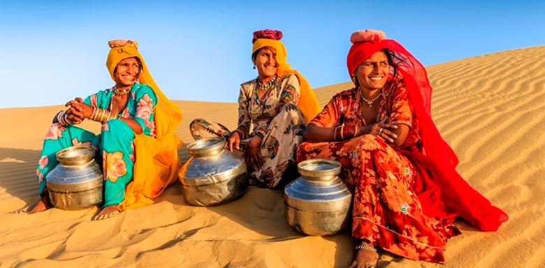 Indian women carrying water from local well, desert village, India - 7.jpg (1)