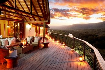2. KWANDWE Great Fish River Lodge - main deck.jpg