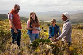 South Africa -grootbos-persona-family-flower-safari.jpg