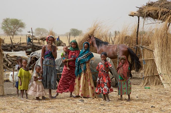Village women with their children in Zakouma, Chad