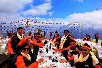 Nepal Mount Everest Breakfast by Helecopter.jpg